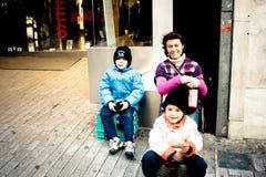 Immigrés roumains à Athènes images stock