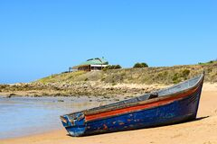 Free Immigrant Dinghy Boat Stranded At The Beach Of Zahora, South Spain, Near Africa. Stock Photography - 186163892