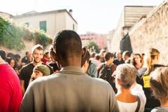 Immigranten maart die in Rome om gastvrijheid voor vluchtelingen Rome, Italië vragen, 11 September 2015 Stock Afbeeldingen