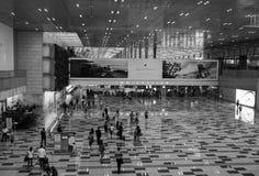 Immigration Hall à l'aéroport de Changi à Singapour Image libre de droits