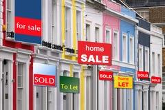 Immobiliendröhnen Stockbild