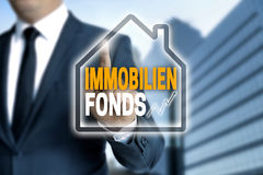 Immobilienfonds in german Real estate fund touchscreen is oper