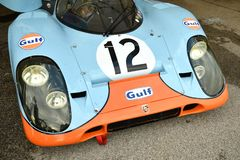 Imola Classic 26 de outubro de 2018: Porsche 917 1970 librés Attwood/Elford ex do golfo no prado em Imola Circuit fotos de stock