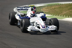 Imola - ITÁLIA, o 21 de março: Robert Kubica em Sauber BMW F1 em GP 2006 F1 de São Marino o 21 de março de 2006 Imagem de Stock Royalty Free
