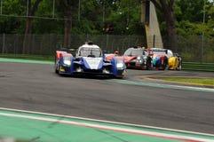 Imola, Italia 13 de mayo de 2016: SMP QUE COMPITE CON EL BR 01 de RUS - Nissan en la ronda de los OLMOS de Imola 2016 Fotografía de archivo libre de regalías