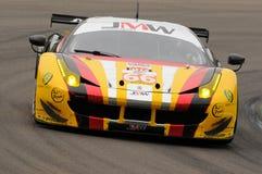Imola Italien Maj 13, 2016: MOTORSPORT för Ferrari F458 Italia lag JMW på ALMrundan av Imola 2016 Fotografering för Bildbyråer