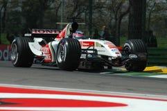 Imola, IT, Kwiecień 2005 - Takuma Sato bieg z Prętowym Honda F1 podczas GP San Marino zdjęcia stock