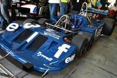 Imola, o 27 de abril de 2019: Detalhe dos 1976 F1 hist?rico Tyrrell P34 Ronnie Peterson ex conduzido por Pierluigi Martini na cai foto de stock