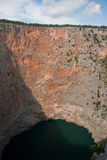 Imotski, berühmter roter See in Kroatien Stockfoto