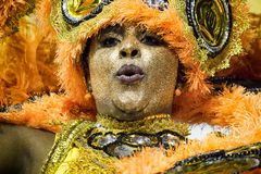 Império de Casa Verde - Carnaval dansare São Paulo, Brasilien 2015 Royaltyfri Fotografi