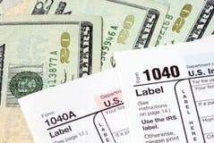 Impôt de salaire pour les déclarations d'impôt sur le revenu Image stock