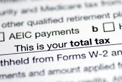 Impôt total dans la déclaration d'impôt sur le revenu Image stock