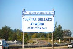 Impôts au travail Image libre de droits