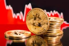 Impacto cripto do preço bearish de Bitcoin imagem de stock royalty free
