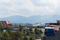 Impacto de Turkish Airlines Airbus no aeroporto de Kathmandu Fotografia de Stock