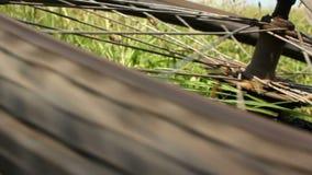 Impacto do Mountain bike - roda traseira de giro filme