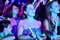 Impacto dos concorrentes anteriores do X-fator o 4o executou nas noites de verão anuais de Gibraltar Imagem de Stock