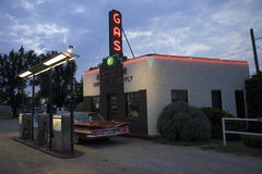 Impala Chevrolet στην υπηρεσία & τον ανεφοδιασμό Kensinger Στοκ φωτογραφίες με δικαίωμα ελεύθερης χρήσης