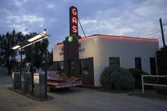 Impala Chevrolet przy Kensinger dostawą & usługa zdjęcia royalty free