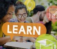 Impari la conoscenza di intelligenza che studia il concetto della saggezza Immagini Stock Libere da Diritti