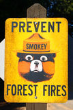 Impeça o sinal dos incêndios florestais Fotos de Stock