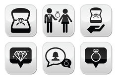 Impegno, anello di diamante in bottoni della scatola messi Fotografie Stock