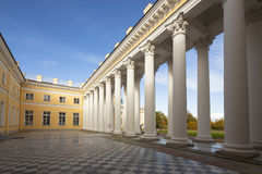 Imperial palace in Saint Petersburg on a sunny day Stock Photography