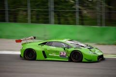 Imperiale que compite con el ¡n GT3 2016 de Lamborghini Huracà en Monza Imágenes de archivo libres de regalías