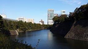 Imperialistisk slott för vallgravyttersida - Tokyo Arkivbilder