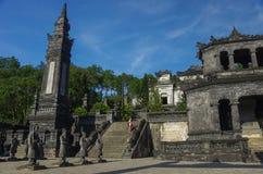Imperialistiska Khai Dinh Tomb i ton, Vietnam arkivbilder