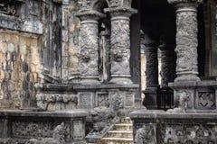 Imperialistiska Khai Dinh Tomb i ton, Vietnam Ett UNESCOvärldsarv royaltyfri foto