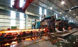 Impianti del ferro di fabbricazione dell'acciaio fotografia stock libera da diritti