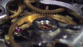 Impianti del meccanismo dell'orologio archivi video
