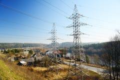 Impianti di energia elettrici vicino a Gariunai nella città di Vilnius Fotografie Stock Libere da Diritti