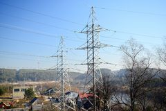 Impianti di energia elettrici vicino a Gariunai nella città di Vilnius Immagini Stock