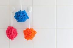 Impianti di lavaggio del corpo in acquazzone bianco Immagine Stock Libera da Diritti