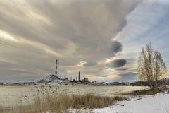 Impianto di lavorazione di rame su un inverno Fotografia Stock