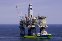 Impianto di perforazione della trivellazione petrolifera Fotografie Stock Libere da Diritti