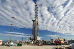 Impianto di perforazione della trivellazione petrolifera Immagini Stock