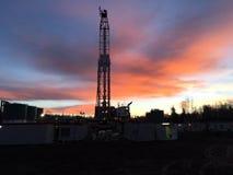 Impianto di perforazione della trivellazione petrolifera immagini stock libere da diritti