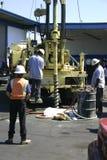Impianto di perforazione e squadra di Drlling Fotografia Stock Libera da Diritti