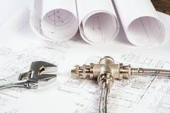 Impianto idraulico e disegni, natura morta della costruzione Fotografia Stock