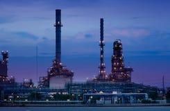 Impianto industriale della raffineria di petrolio Fotografie Stock Libere da Diritti