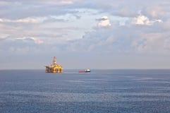 Impianto offshore & del gas Fotografia Stock