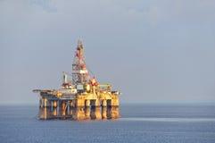 Impianto offshore & del gas Fotografie Stock