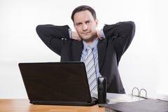 Impiegato stanco che ha dolore al collo Fotografia Stock