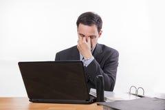 Impiegato stanco ed esaurito o triste Fotografia Stock Libera da Diritti