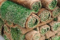 Impilamento del tappeto del tappeto erboso Fotografia Stock