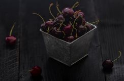 Impilato sui cherrys immagini stock libere da diritti