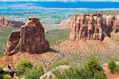 Imponerande monoliter i Colorado den nationella monumentet arkivbild